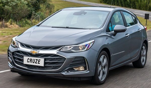 Ficha Tecnica Chevrolet Cruze 5 2020 En 2020 Chevrolet Cruze Sensor De Lluvia Sistema De Entretenimiento