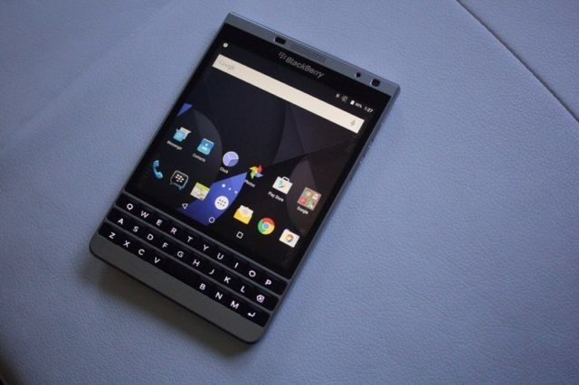 Remember before the Priv was announced there were multiple sightings of the BlackBerry Passport Silver Edition caught running Android? At the time, it was caught up in the codename confusion and was better known as Oslo and well, we know now that it was in some ways, a test bed for BlackBerry's Android smartphones. Although they never went on sale for the masses, a new Kijiji listing...
