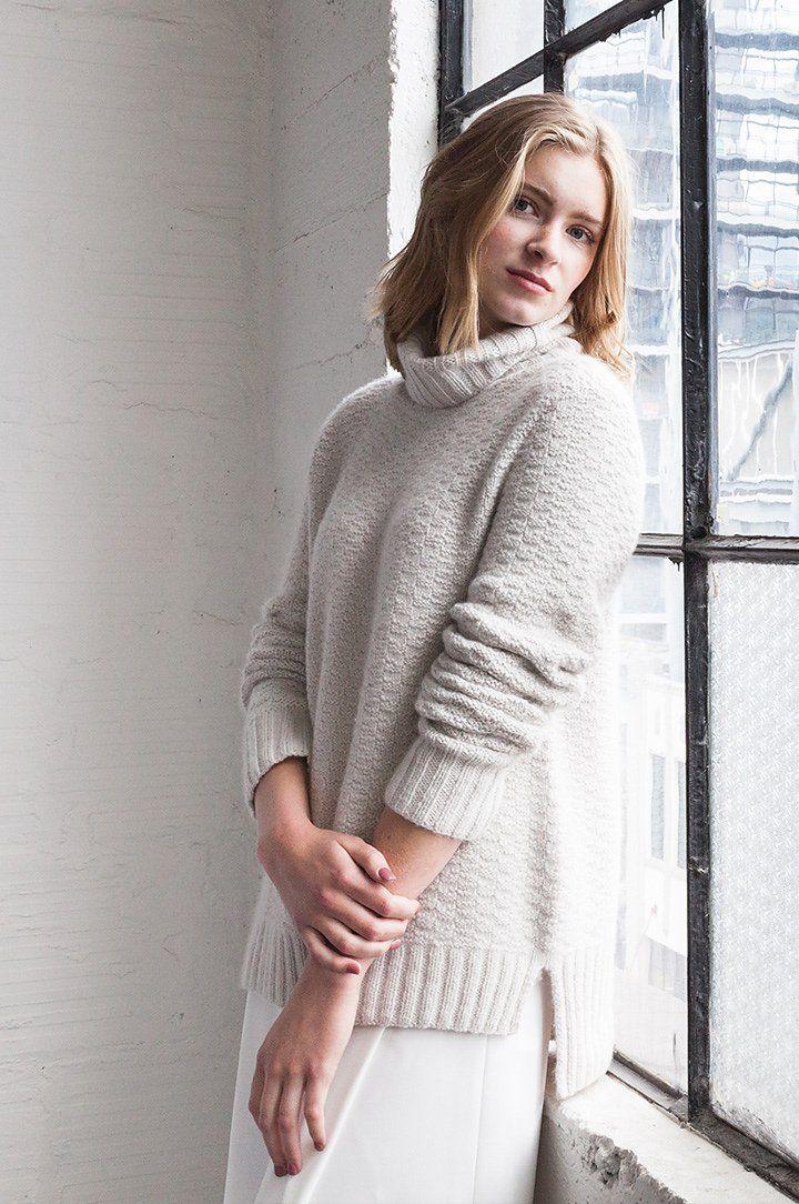 Вязанный свитер с удлиненной спинкой из коллекции Woolfolk FW16.
