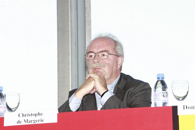 Mort de Christophe de Margerie : Les premiers éléments d'enquête  http://www.poluxmagazine.com/actu-blog/2014/10/21/mort-de-christophe-de-margerie-les-premiers-lments-denqute