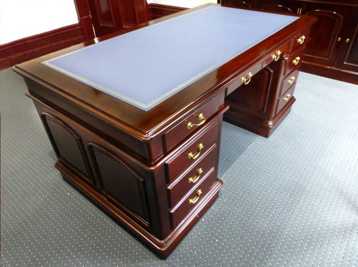 Desk in traditional Victorian Georgian Style with leather insert