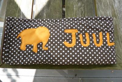 appliqueren olifanten en letters