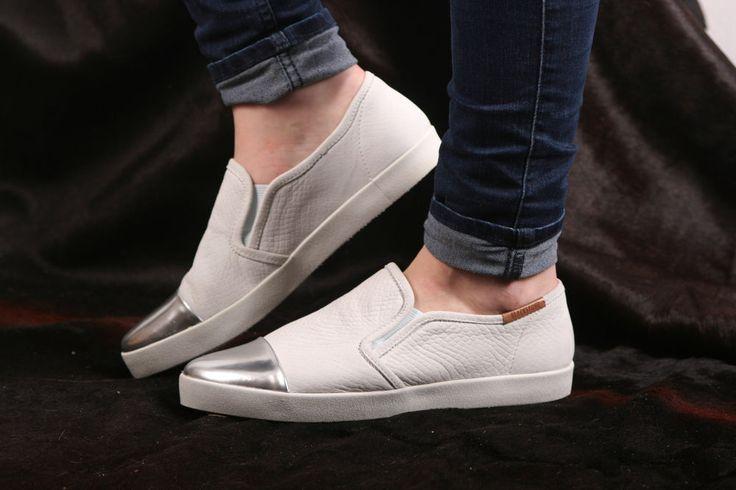 Blackstone Sneaker- flacher, leichter Damensneaker- weiß Kobraprint- NL47 White #blackstoneshoes #gotingcliff #landbootique #sneaker #damensneaker