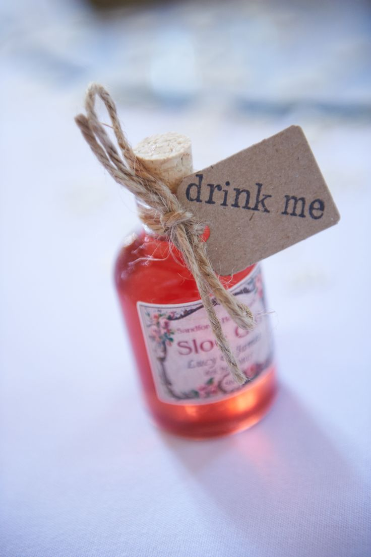 Sloe Gin wedding favour at Lulworth Castle. Photography by Kevin Wilson