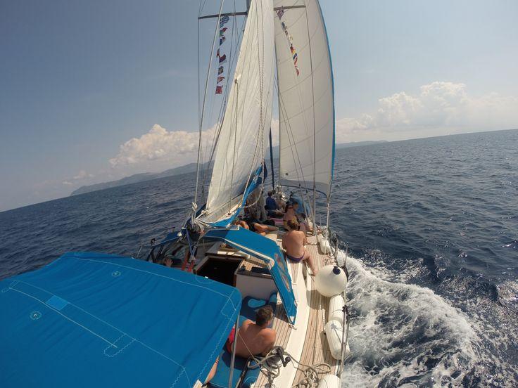 day sailing trip from Skiathos to Skopelos
