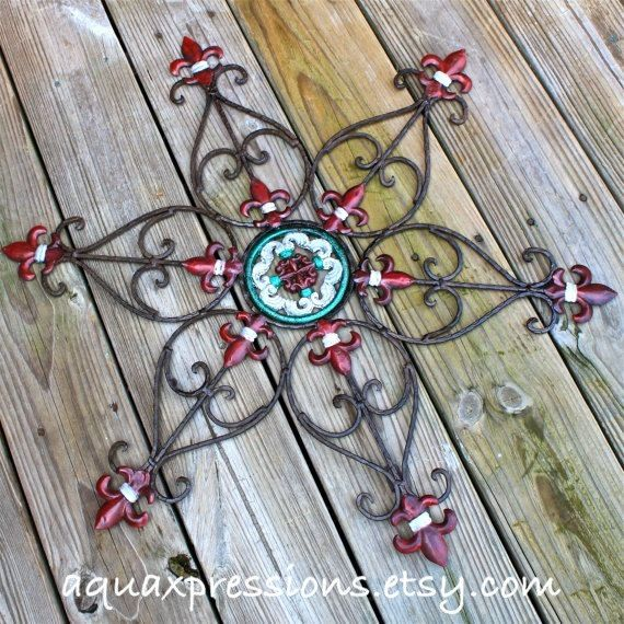 Metal Wall Decor Red Green White Fleur De Lis Patio Painted Bright Christmas Outdoor Up Cycled Iron Art 39 99 Vi