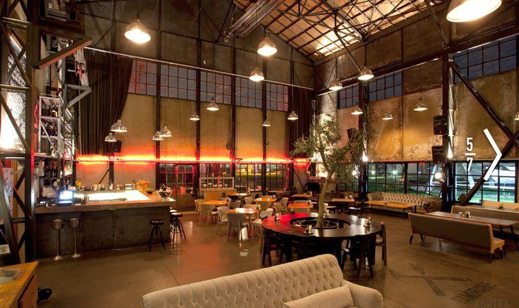 Vintage interior design buscar con google restaurants for Design interior cafe vintage