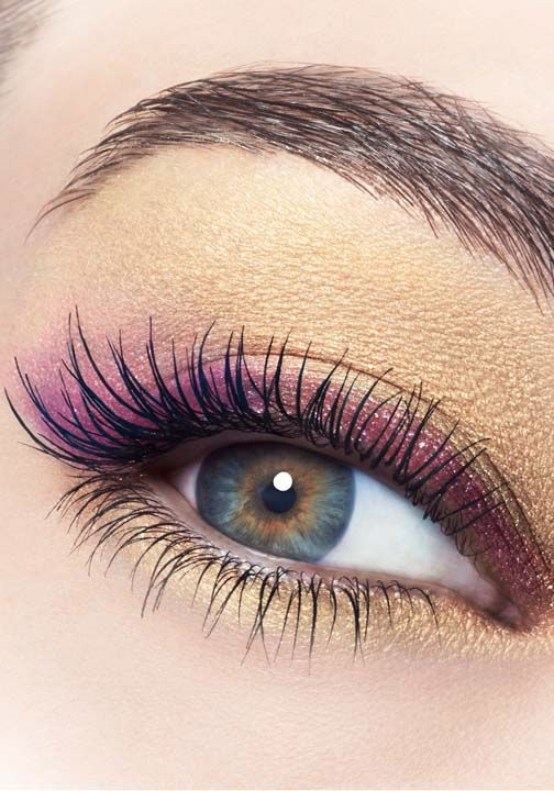 Learn these fabulous day and night eye shadow tips that can't miss!