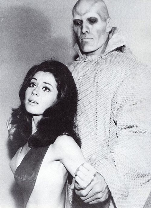 Sherry Jackson, Star Trek    being manhandled by Ted (Lurch) Cassidy