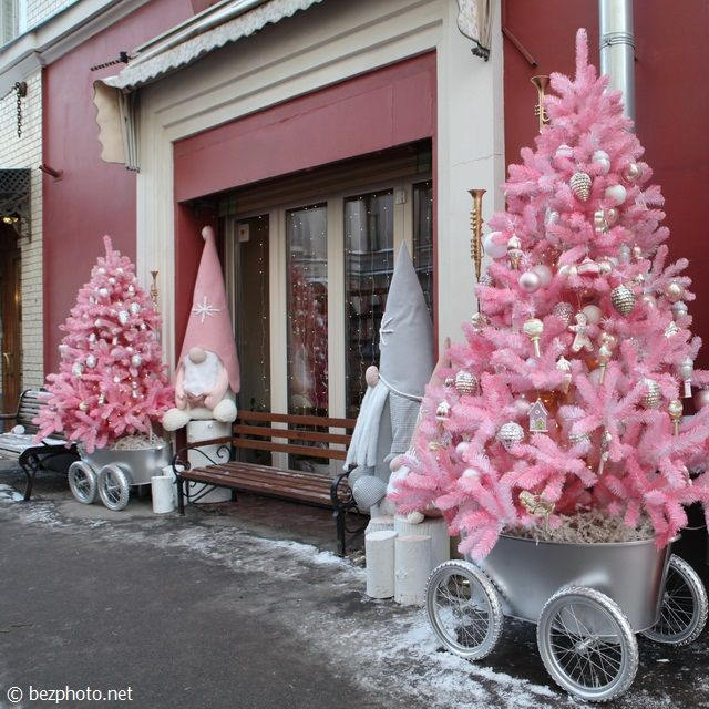 bezphoto: New Year's decor of the Moscow restaurant «Mari Va...