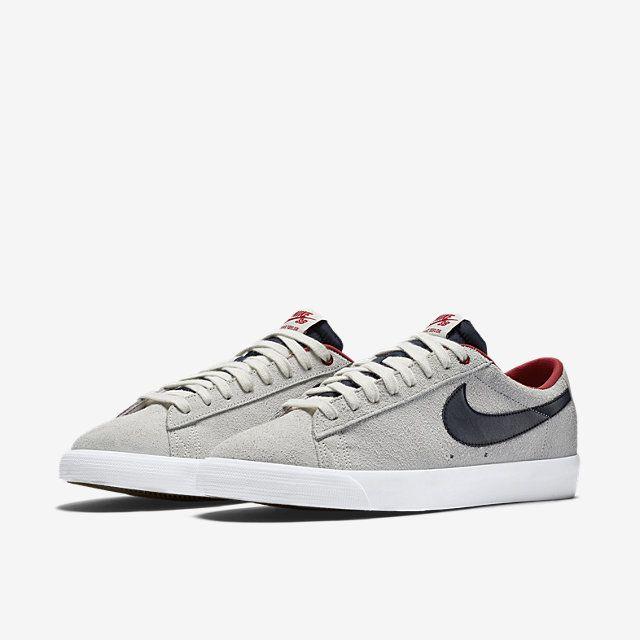 Nike SB Blazer Low GT Men's Skateboarding Shoe.