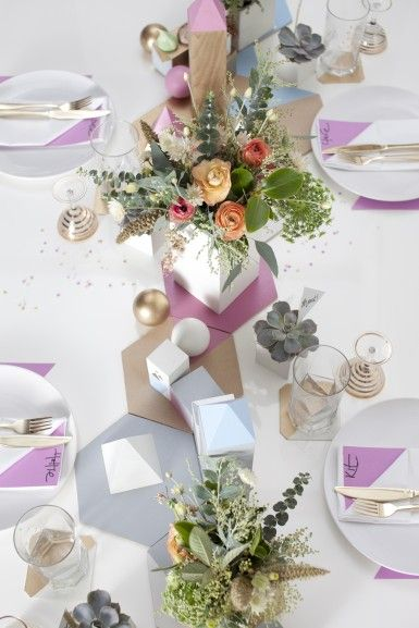 Knot  amp  Pop Weddings   Geometric Goodies   Table Setting   Flowers by That Flower Shop