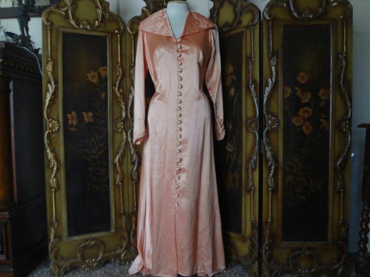 Vintage 40s Movie Star Heavy Satin Dressing Gown Robe