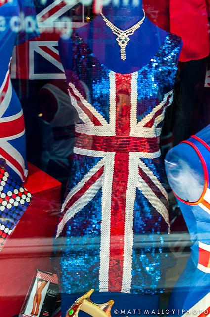 Union Jack sequined dress - it doesn't get classier. So pretty!