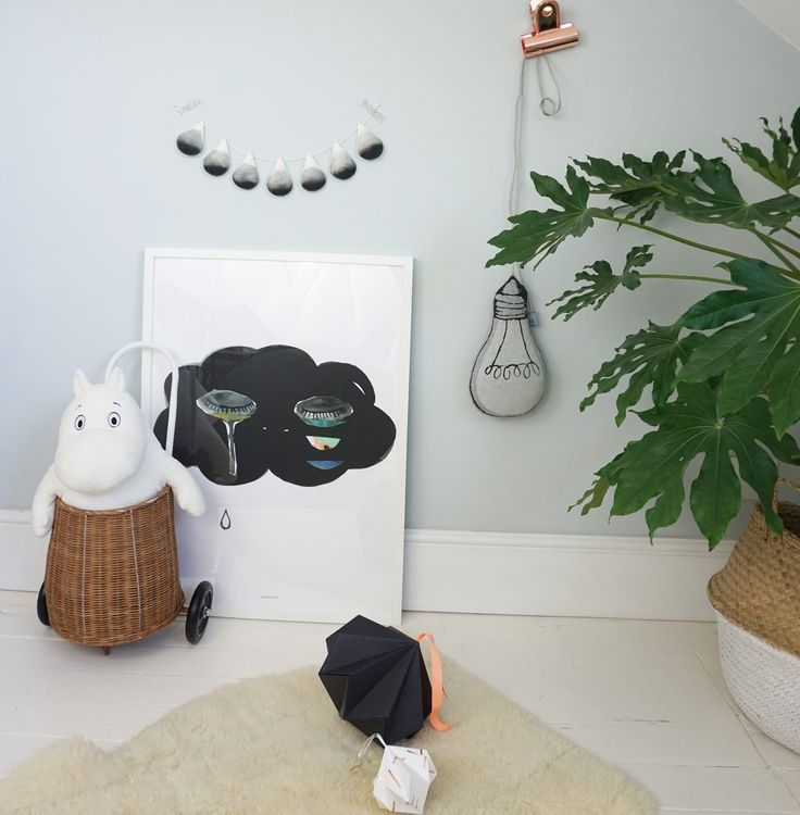 Our ombré garland by Velveteen Babies in our grey, white and wood themed kids space. #ombreinterior #ombregarland #contemporarykidsroom  #modernkidsinterior #kidsinterior