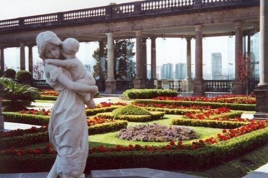 Lovely Garden.  Castillo de Chapultepec - Ciudad de Mexico, Mexico #JetsetterCurator