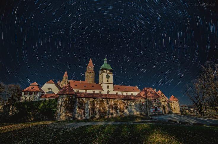 """by Tomáš Michl podle tutoriálu """"Změna oblohy 4x jinak"""" https://youtu.be/ewEEEly9HZw"""