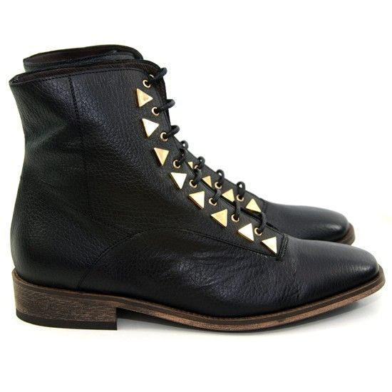 New Kid Dreamcore Boots- Black