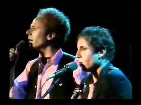 ▶ Simon & Garfunkel - Los sonidos del silencio ( video y letra ) - YouTube