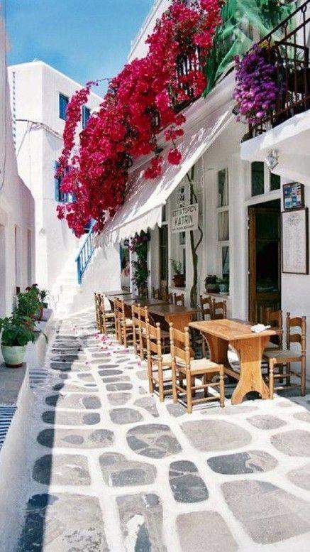 Katrin Restaurant in Mykonos, Greece • Gaye Gerard Photography