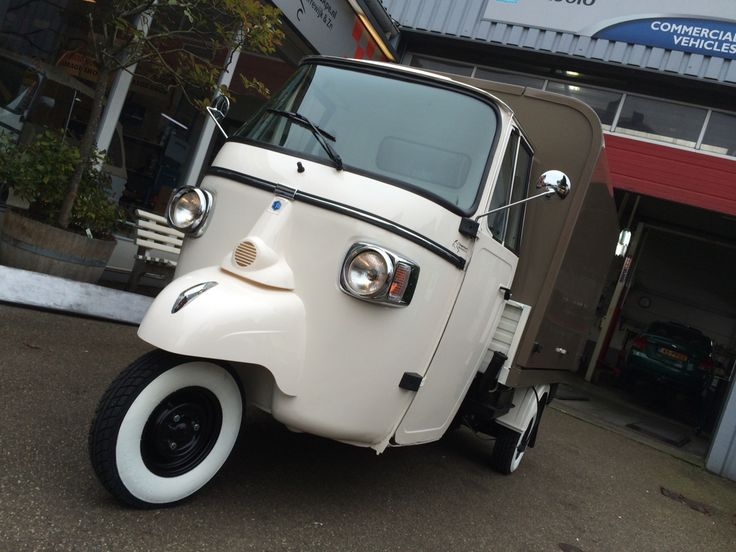 17 best images about piaggio ape classic with salesunit on. Black Bedroom Furniture Sets. Home Design Ideas
