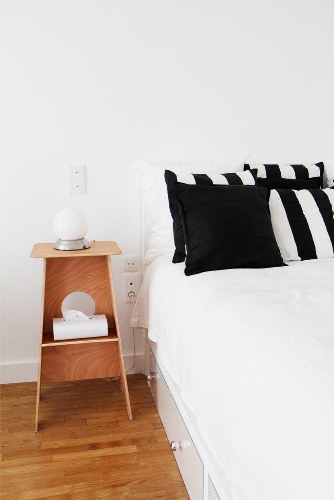 chambre en noir et blanc un appartement chic paris conception agence murs merveilles i. Black Bedroom Furniture Sets. Home Design Ideas
