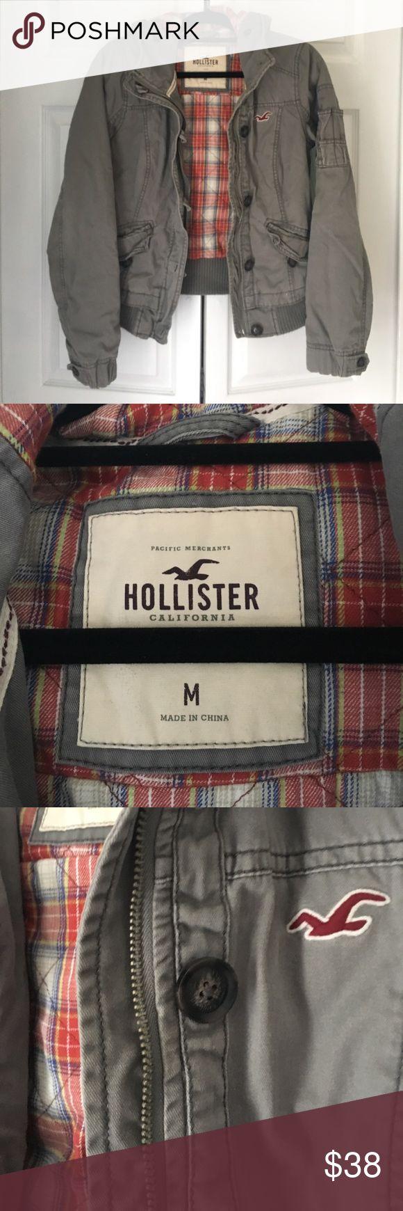 Hollister Jacket. Soft and Comfy! Hollister Jacket Great Condition! Super Soft Hollister Jackets & Coats