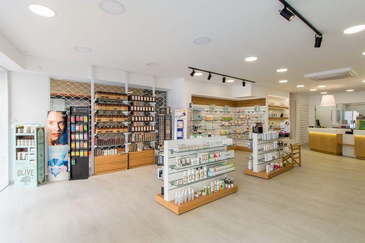 www.kaligavriil.gr pharmacy design,white-oak