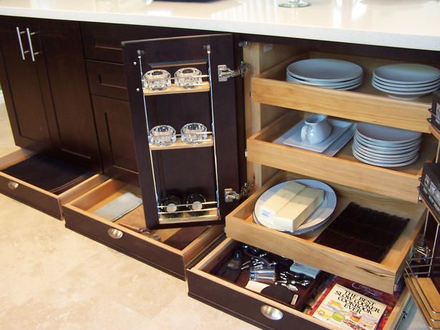 Exactly what I want for my kitchen renovation!: Toe Kicks, Spaces, Kicks Drawers, Kitchens Ideas, Kitchens Drawers, House, Kitchens Cabinets, Kitchens Storage, Kitchen Cabinets