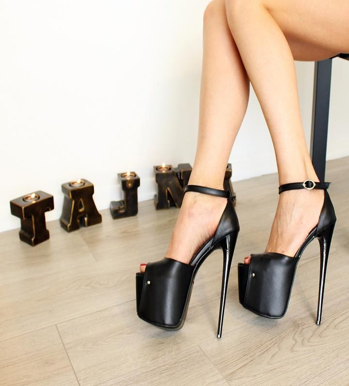 a50ddea6ae7c 18-19 cm Black Peep Toe High Heel Platforms - Tajna Club