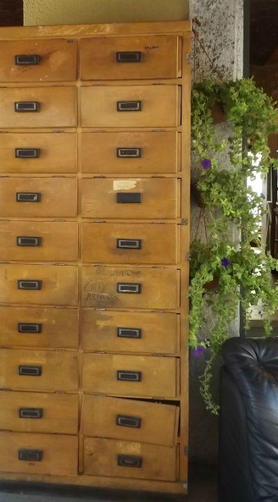 Cassettone schedario anni 39 30 39 40 garaffo mobili dispone for Mobile schedario ufficio