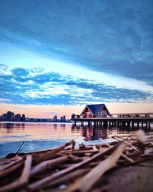 Repost @_art20_ #olympus #mzuiko #sky #olympus_ru #omd #olympusomd #house #color #sunset #em10 #olympusrussia #olympuscamera #olympusinspired via Olympus on Instagram - #photographer #photography #photo #instapic #instagram #photofreak #photolover #nikon #canon #leica #hasselblad #polaroid #shutterbug #camera #dslr #visualarts #inspiration #artistic #creative #creativity