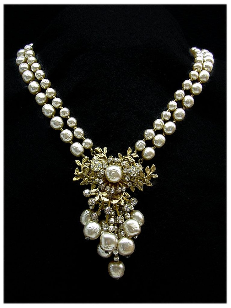Miriam Haskell pearl necklace.