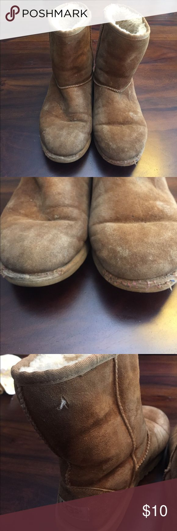 Short Uggs - Chestnut Pretty worn, a little dirty, small scratch in leather, toe ripped. Just trying to get them out of my closet. Please make an offer UGG Shoes Winter & Rain Boots