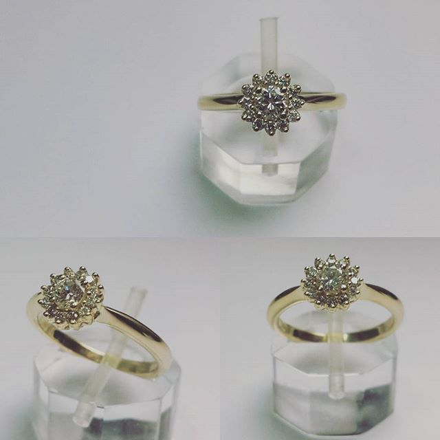 #new #engagment #ring from our #workshop. Yellow #gold and #diamonds #flower. #sayyes #thisisit #custommade #jewelrydesign #jewelryaddict #goldsmith #jewelry #custommade #engagementring #perfection #togetherforever #diamondsareagirlsbestfriend #eternallove