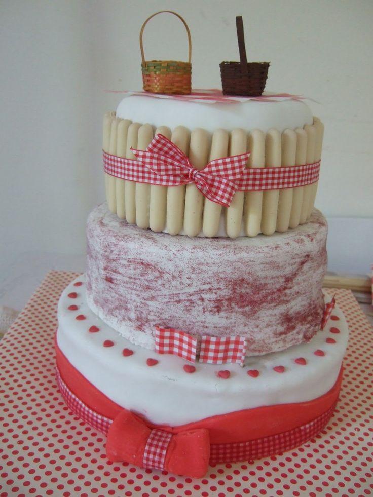 Super Milouze: Le gâteau à étage du baptême de Titouan / pièce montée à l'américaine