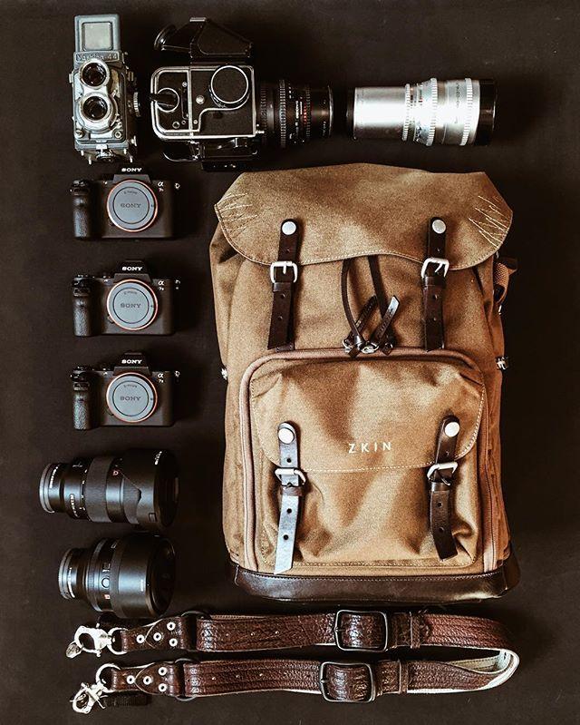 Essentials ༒