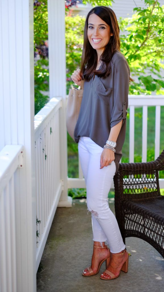 IG @mrscasual <click through to shop this outfit> Pre Fall Tunic Outfit, Lush, White skinny jeans, Steve madden sandals.
