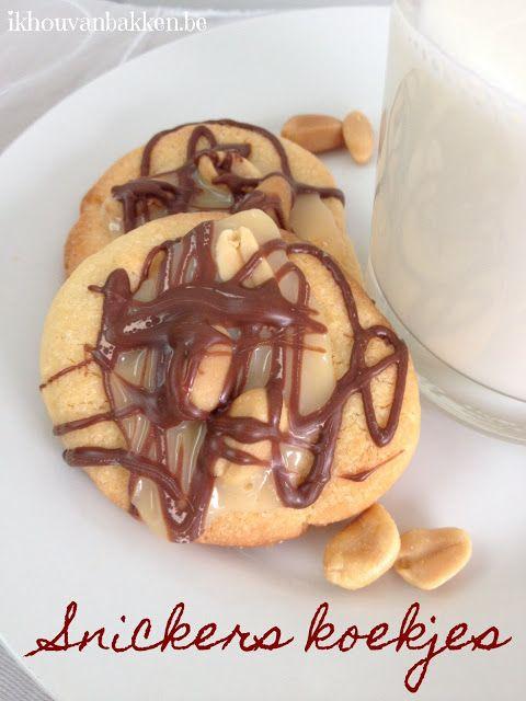 Recept om Snickers koekjes te bakken door ikhouvanbakken.be #snickerskoekjes #snickerscookies #nederlands #Snickers