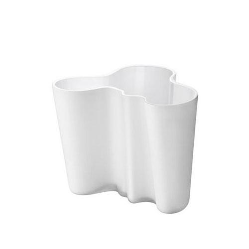 Iittala Alvar Alto Vase.  #kitchen #bridalregistry