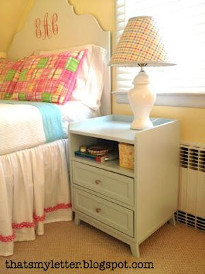 Modern DIY Nightstand #DIY #nightstand