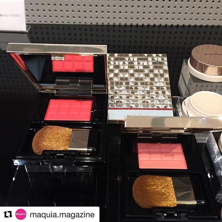 #maquillage new blush in Jan 2017  #Repost @maquia.magazine with @repostapp  マキアージュの新チークはパウダーなのに粉感を感じさせないクリーミーな感触肌にしっとり溶け込んでにごりのない透明感のある美しい仕上がりに マキアージュ  チークカラークリア 2色 1800編集部調べチークカラー用ケース N 1000編集部調べ チークカラークリア &チークカラー用ケース  限定セット 2500編集部調べ 2017年1月21日発売 WEB担当N  #maquillage #マキアージュ #cheek #チーク #高発色 #透け感 #オトナ色っぽい #makeup #メイクアップ #maquia #maquiaonline #マキア #マキアオンライン #beauty #follow