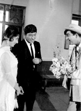 Sadhana, Raaj Kumar and Sunil Dutt.