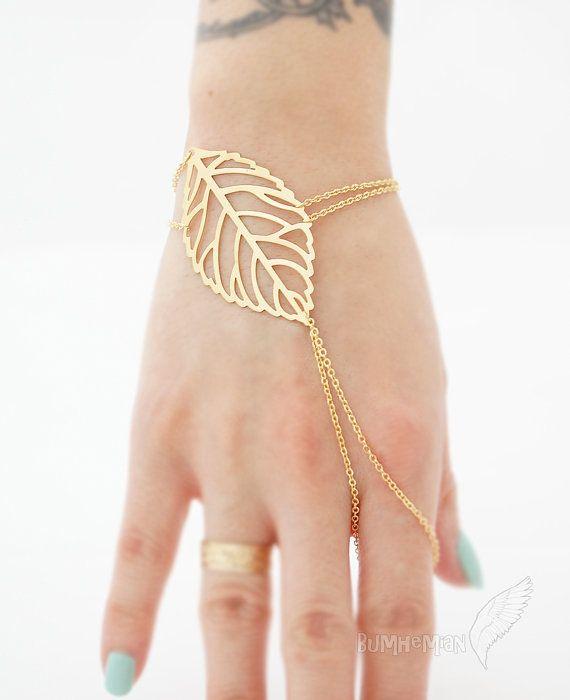 LIMITED TIME// Veiny Leaf Index Finger Slave Bracelet door Bumhemian, $18.50