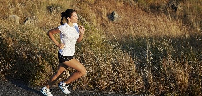 Futás sosem szégyen, csak az irányt kell jól megválasztani! Futás..-egy sport ami olyan, mint az életünk legfontosabb döntései, amiket meghozunk:egyedül kell megtennünk… Ha át akarjuk ugrani az előttünk tátongó szakadékot, akkor nekifutás közben csak a saját hitünk adhat erőt. KATTINTS IDE!