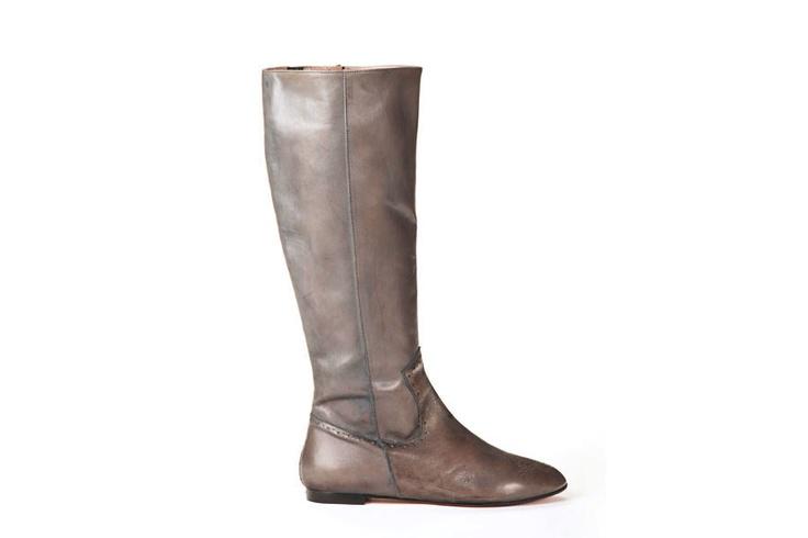 Parade Grey, knee-hi flat boot, leather, brogue detail, grey