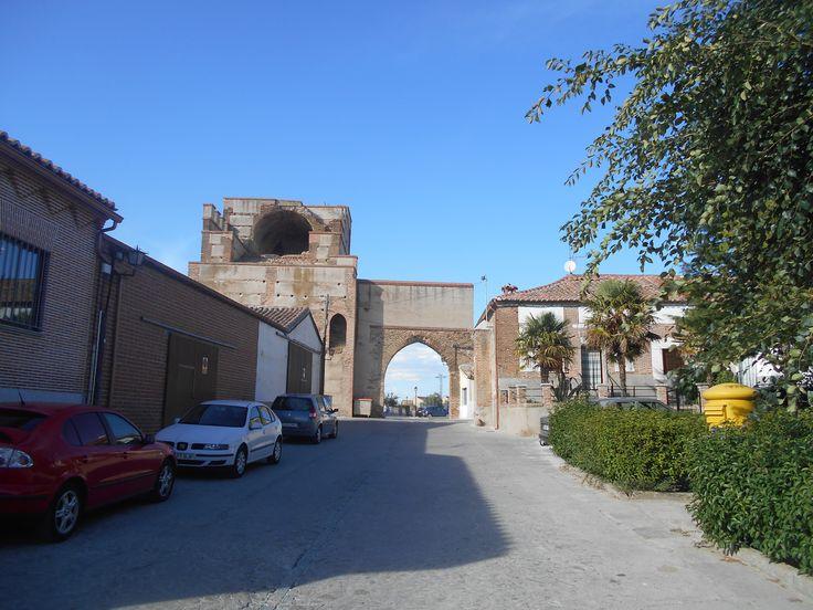 Puerta de Medina