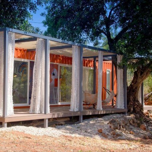 NOMAD LIVING SHIPPING CONTAINER HOME