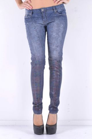 Really soft Tartan Texture for this denim by Sexy Woman