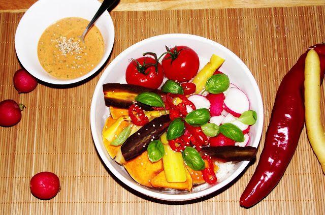 Plant Based Gathering: Buddha bowl with tahini dressing